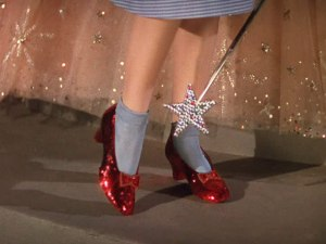 Dorothy-s-Shoes-the-wizard-of-oz-1590778-640-480