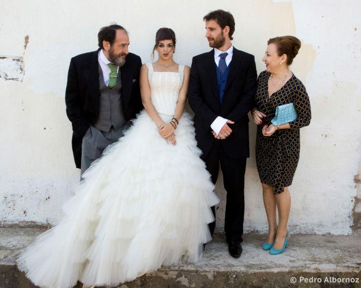 un vestido, una ermita y unas fotógrafas encontradas por casualidad